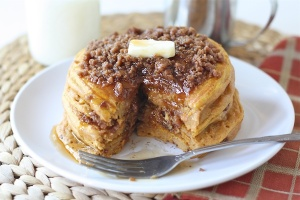 pumpkin-cinnamon-streusel-pancakes2
